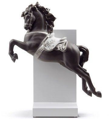 Figura porcelanowa Horse on Pirouette (Re-Deco) Lladro