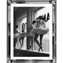 Obraz reprodukcja Ballet Dancers in window 40 x 50 cm